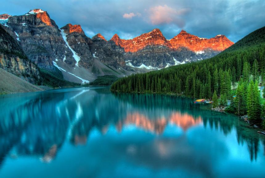 Moraine Lake Sunrise, por James Wheeler