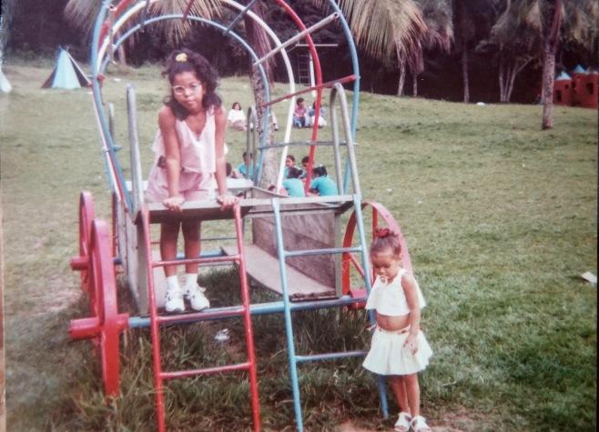 Não sei a minha idade, nem a de Thaís, mas essa foto foi no Parque da Cidade, em Salvador